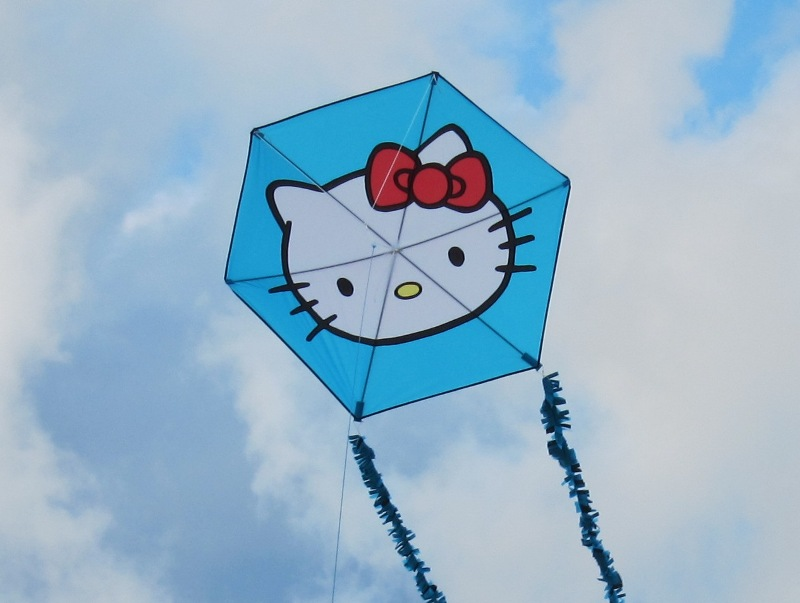 Hello_Kitty_Hexagon.JPG